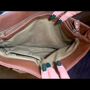 Relic Bags - Relic brand brown leather purse